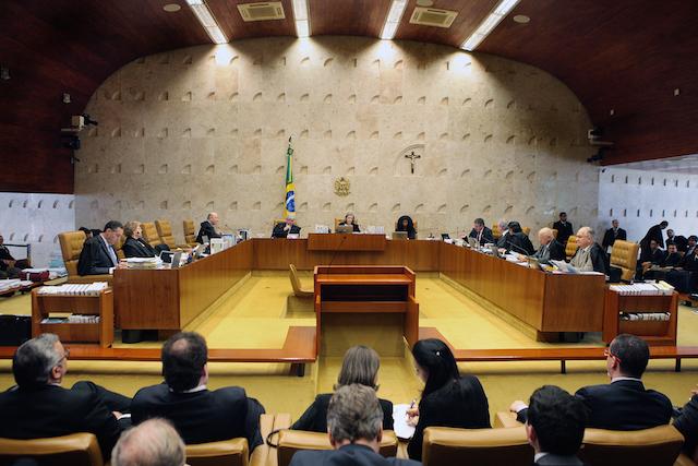 Pedido de vista adia julgamento sobre acesso a medicamentos de alto custo por via judicial