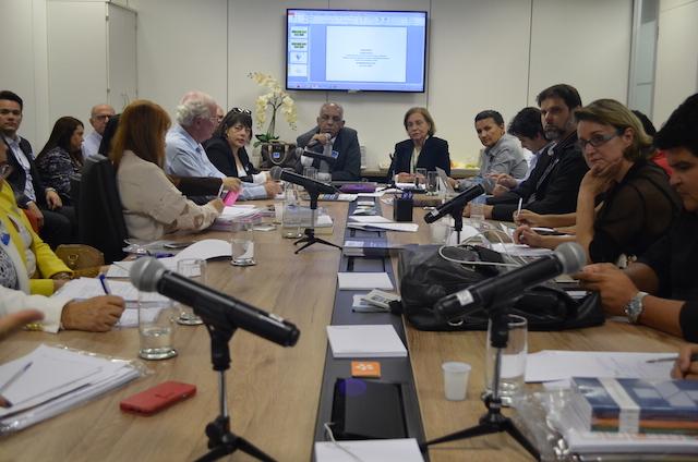 Estados se reúnem para debater temas relativos a Atenção à Saúde