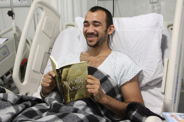 Unidades da SES criam projetos para estimular a leitura entre pacientes e acompanhantes