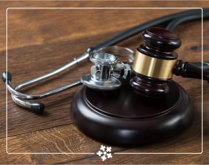 Assista o que desembargadores, promotores, procuradores, juízes, auditores de tribunais e demais profissionais de direito falam sobre a judicialização da saúde e suas implicações para o SUS