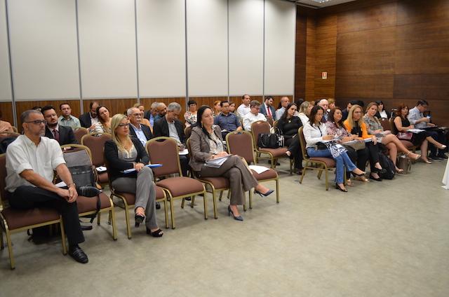 Câmaras técnicas de Atenção à Saúde, Assistência Farmacêutica e Gestão e Financiamento do CONASS se reúnem em Brasília
