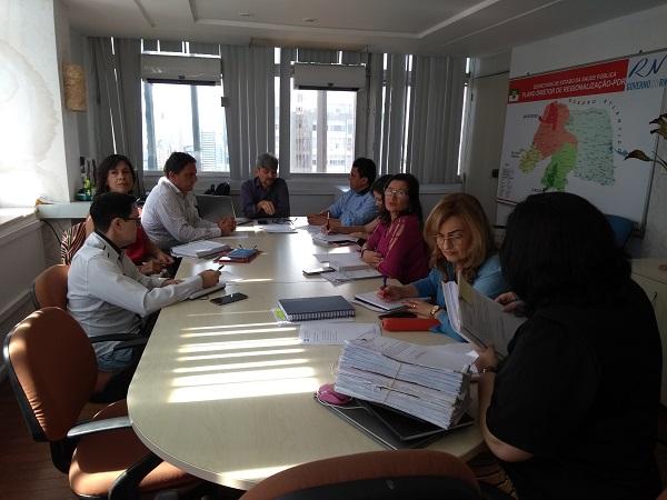 Sesap apresenta proposta de consórcios municipais à Femurn e Cosems e pede apoio dos prefeitos para projeto