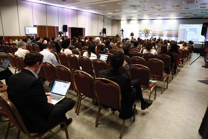 Em evento internacional, Conass promove debate sobre cuidados continuados integrados e cuidados paliativos